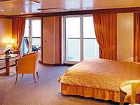 Grand Suite mit Balkon Costa Mediterranea